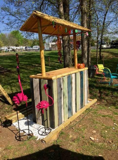 80 incredible diy outdoor bar ideas, Gartenarbeit ideen
