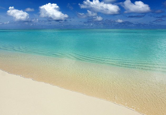 17 Mile Beach Barbuda Pink Sand Beaches Clear Blue Green Waters And Spotlessly Clean Ss Are The Chief Features Of This Lengthy