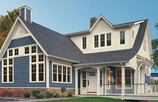 Pearl Craneboard 7 In Pearl Paired With Regatta Portsmouth Shake Cedar Shake Provide The Fresh Coastal Hues House Siding Beautiful Home Designs Vinyl Siding
