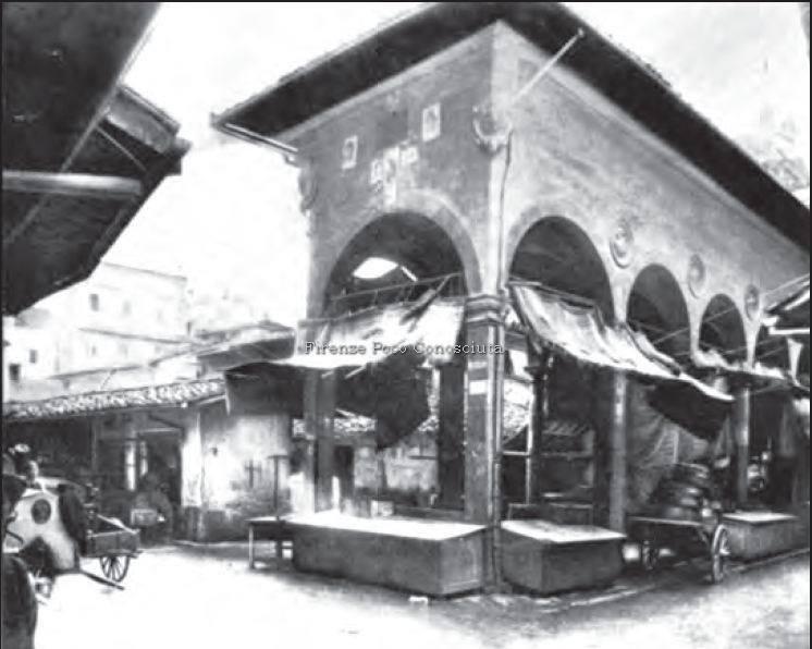 Mercato Vecchio e la Loggia del Pesce prima del 1880.#ConosciFirenze. https://www.facebook.com/firenzepococonosciuta/photos/a.713883618658002.1073741859.532426000137099/849047905141572/?type=1…