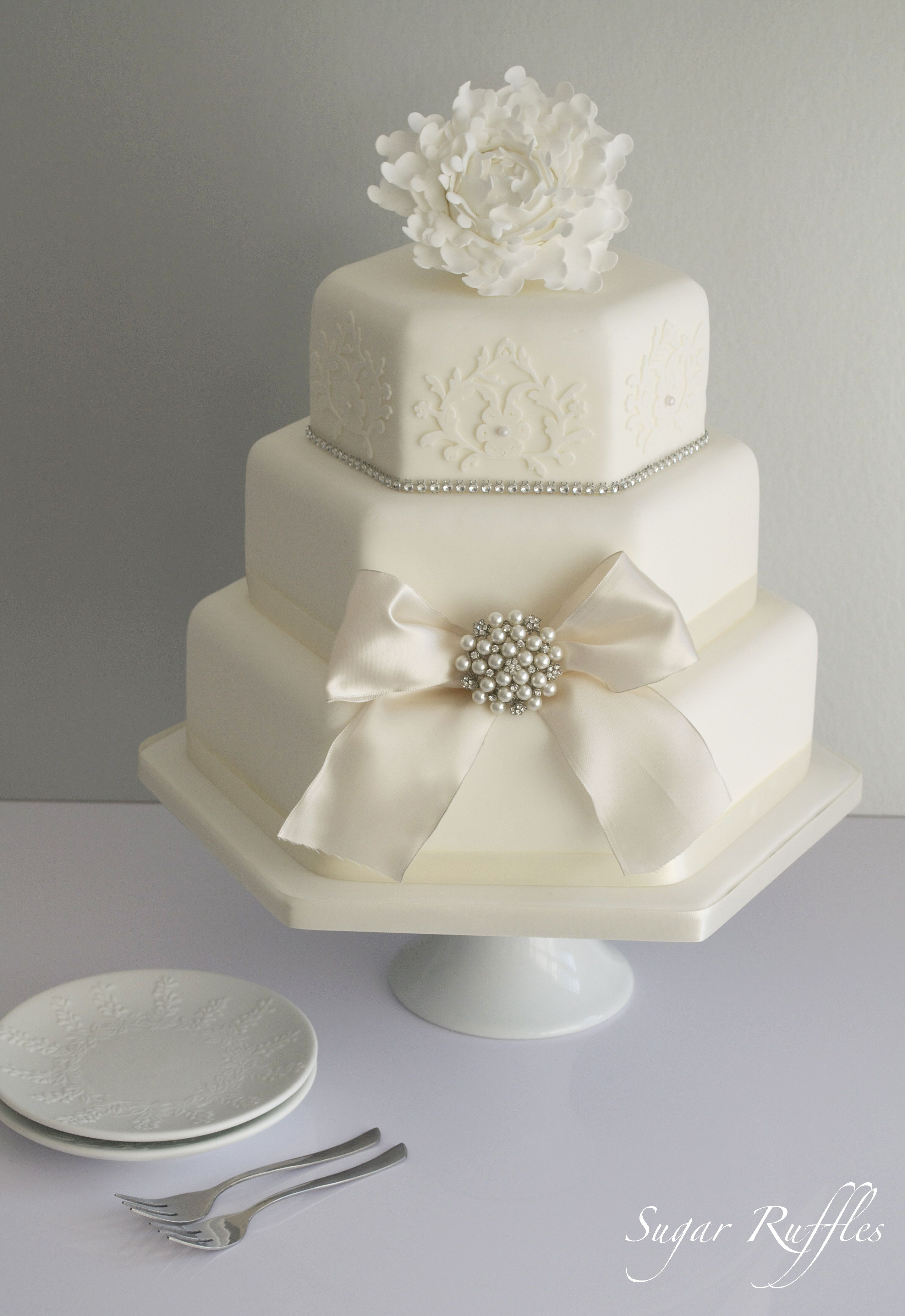 Other Mixed Shaped Wedding Cakes Simple But Elegant Tortas