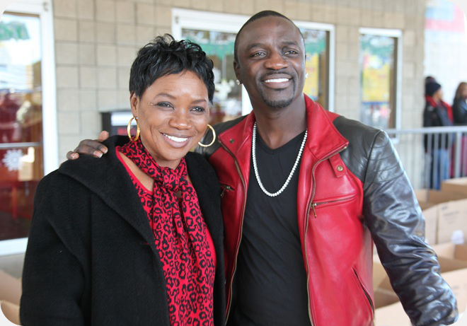 Akon with his mom  #MothersDay | Misc  | Mother, child, Kids