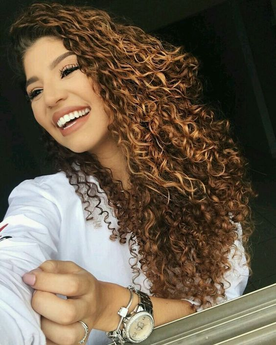 long curly hairstyles; 90s curly hair; naturally curly hairstyles; easy curly hairs; cute curly hairstyles; messy curly hairstyles; curly hairstyles for round face.