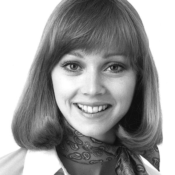 Shelley Long Nude Photos 84