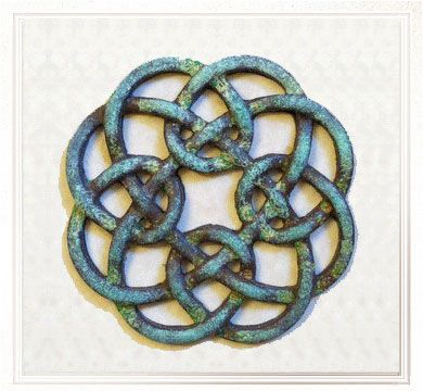 Celtic Hearths Bronze. Celtic Knotwork meanings. Very cool website!