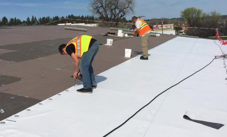 Commercial Roofing Contractor In 2020 Commercial Roofing Roofing Contractors Roofing