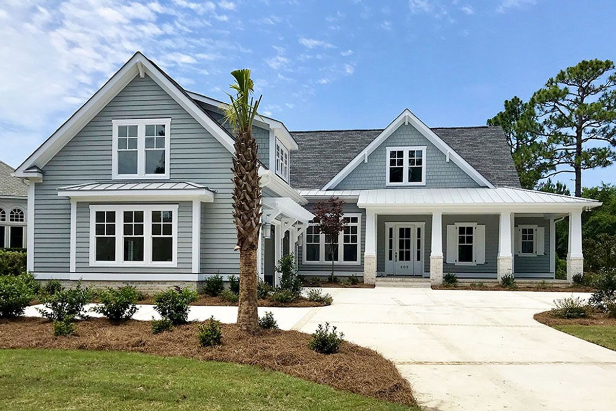 Plan 15209nc 4 Bed Country Home Plan With Roomy Bonus Over Garage Craftsman House Plans House Exterior Craftsman House