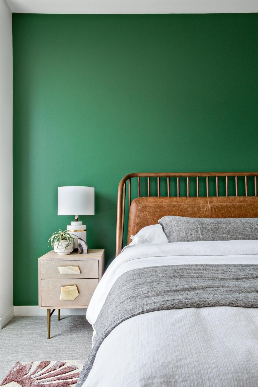 Midcentury Modern Bedroom Has Green Accent Wall Green Bedroom