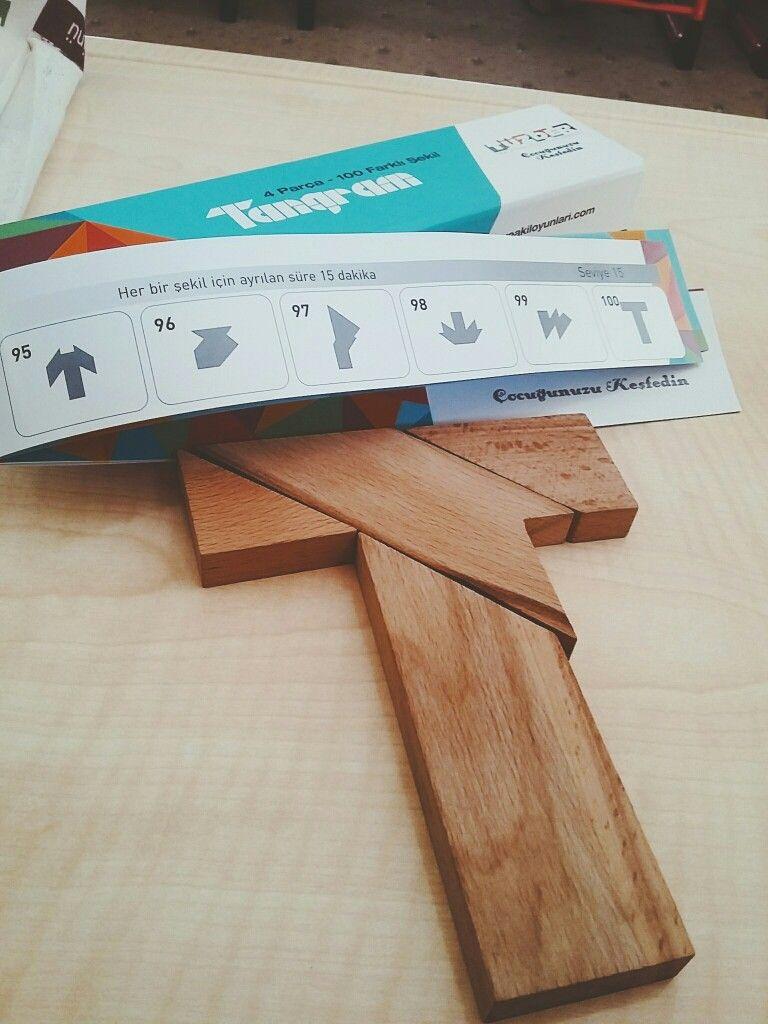 Kendi ellerimizle doğal malzemelerle bir ev yapıyoruz. Ev, kreş ve okul için el işleri