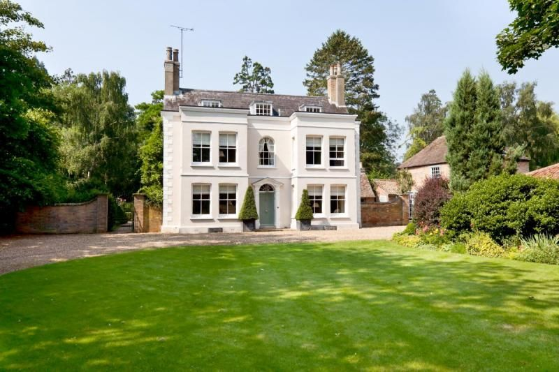 Luxury british country mansion property for sale in uk for Castle style homes for sale