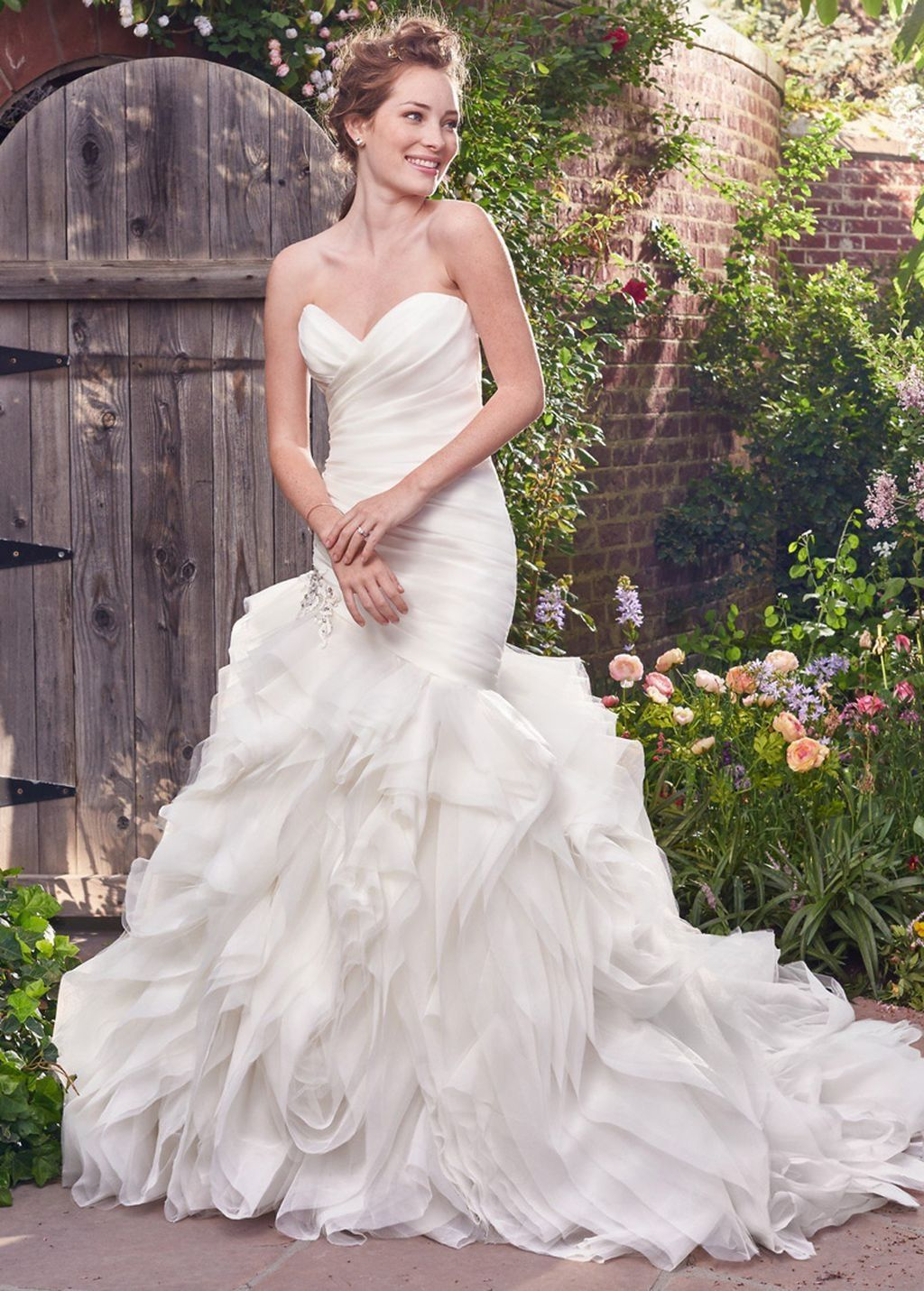 simple but unique mermaid wedding dress ideas mermaid wedding