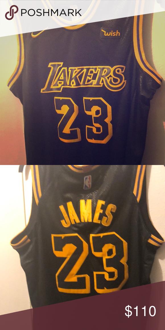 Black La Lakers Lebron Jersey Black And Yellow Lebron James Lakers Jersey It Is Nba Authentic It Has Tags And Has N La Lakers Lebron James Lakers Nba Shirts