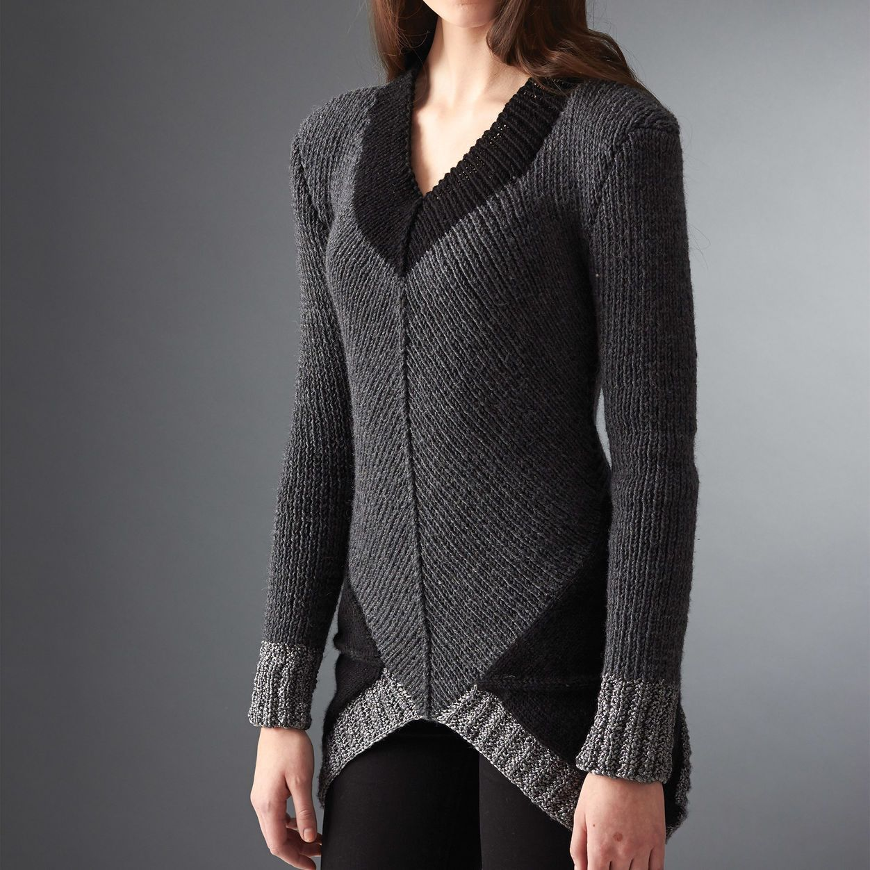 Patons District 12 Sweater, XS/S   Easy sweater knitting ...