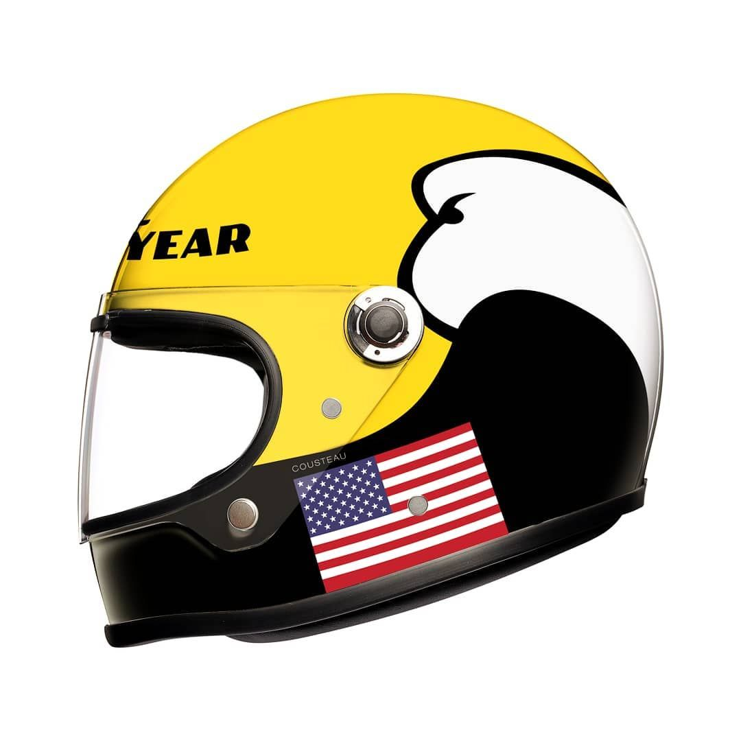 This Helmet Is Asking For A Kenny Roberts Livery The Base Model For This Is The Agv X3000 ヘルメット バイク レーサー