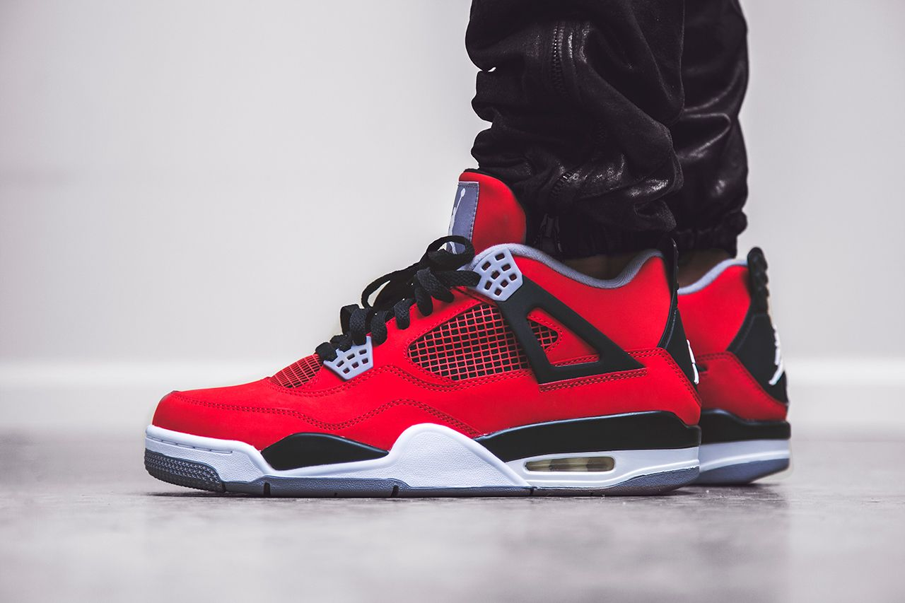 Discount Nike Air Jordan 4 2013 TORO BRAVO Fire Red White Black
