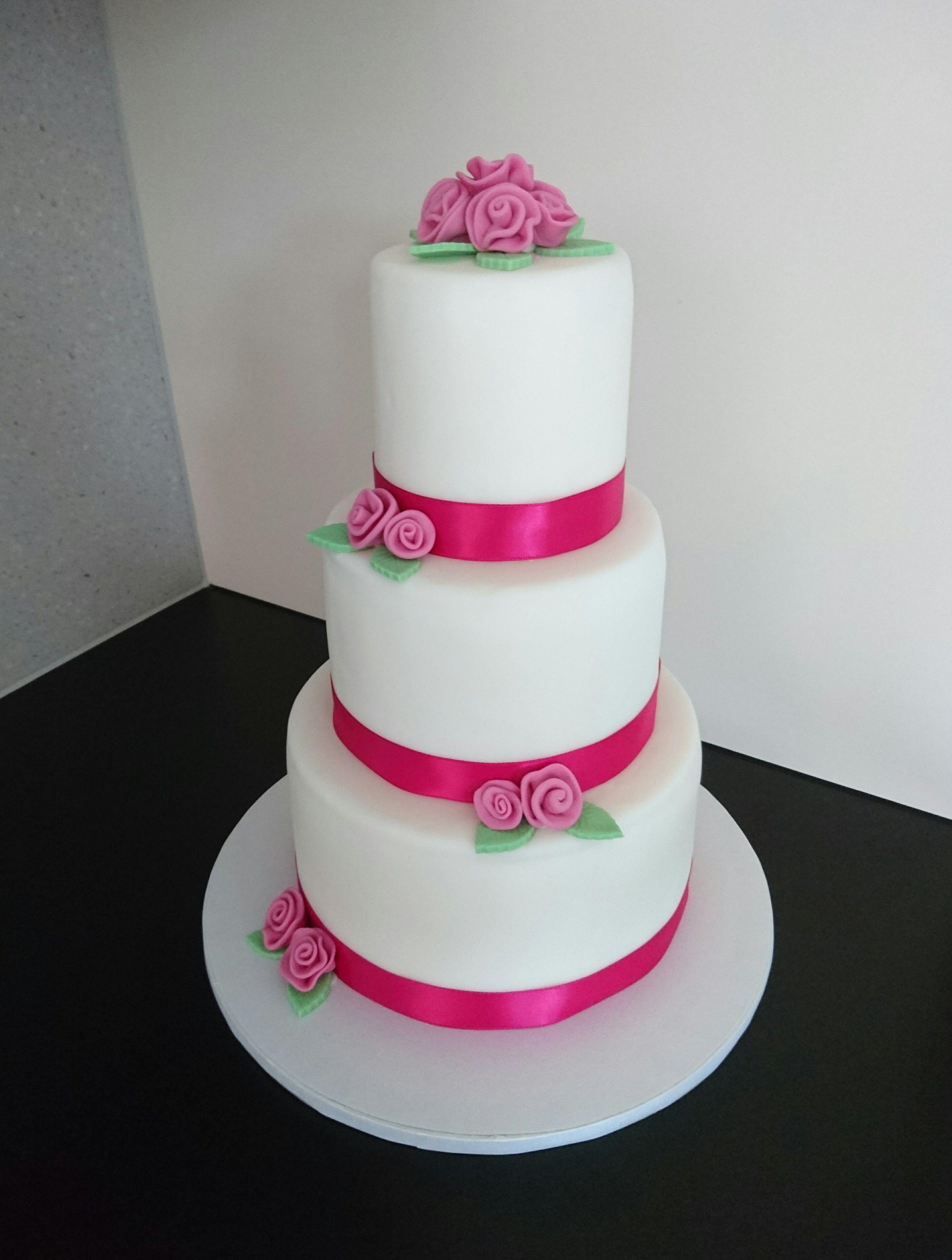Hochzeitstorte Von Tortenhimmel Cakes By Tortenhimmel Winterthur