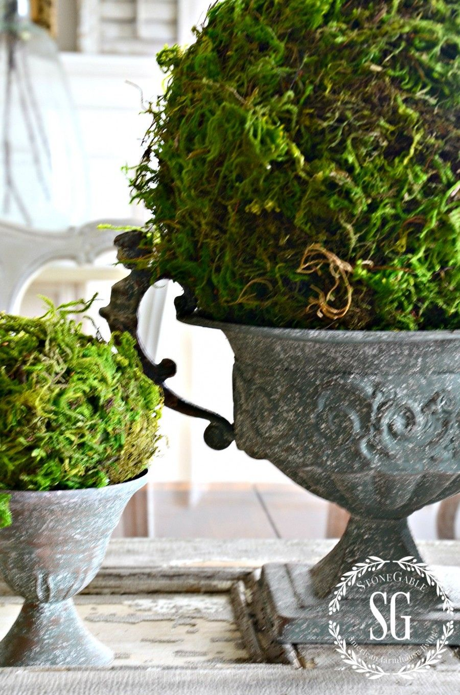 Garden decor craft ideas  TEXTURED MOSS BALL DIY  Craft Vignettes and DIY ideas