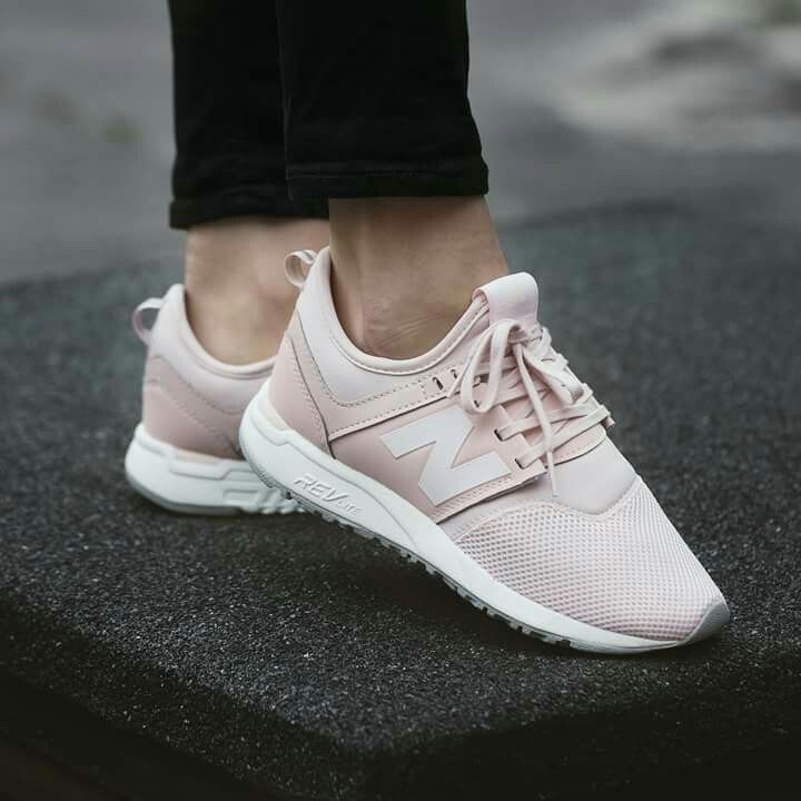 separation shoes 46c10 8a229 Pin od Joanna Więcek na Clothes & jewellery | Sneakers, Shoes i New ...