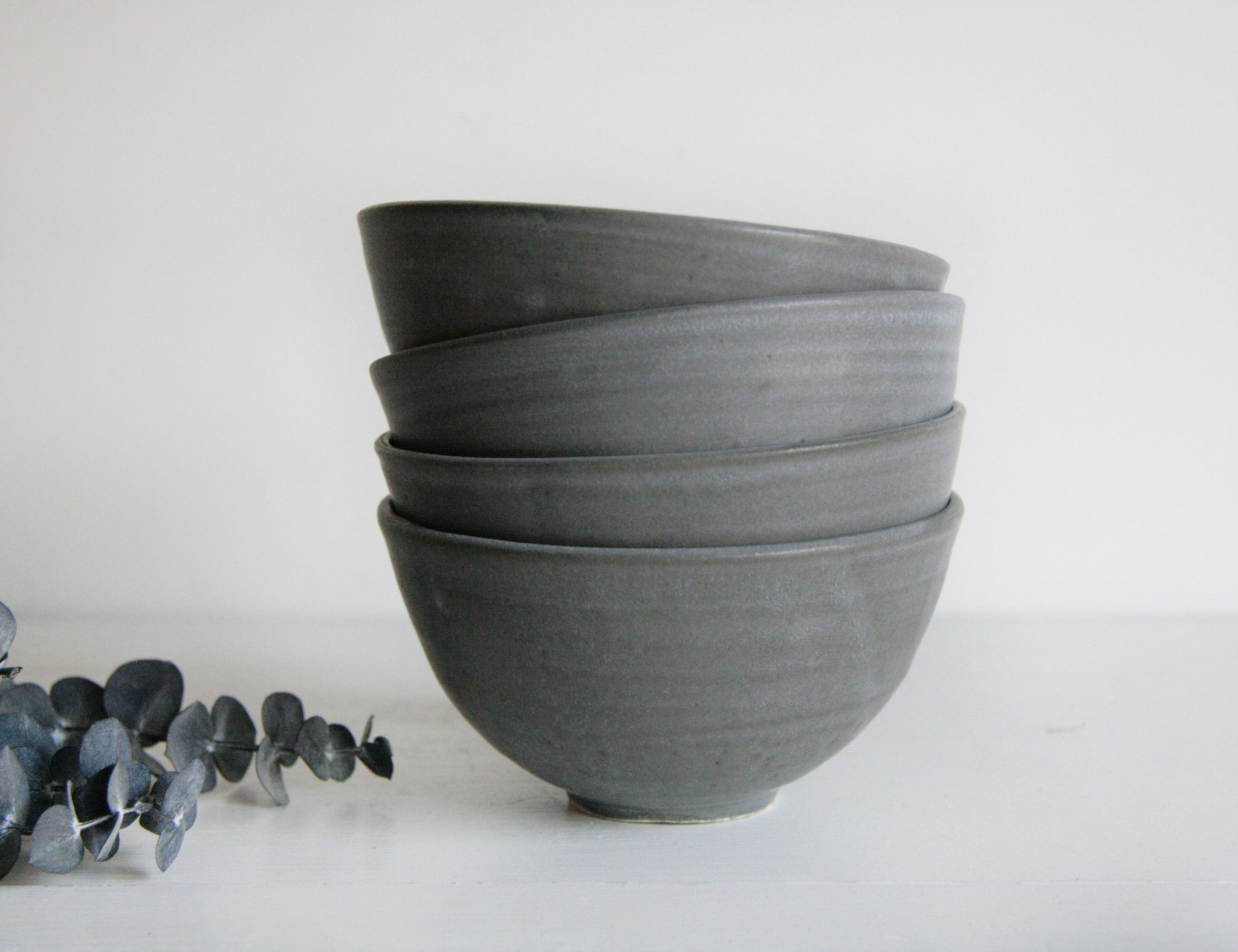 Farmhouse Dessert Bowl-Charcoal