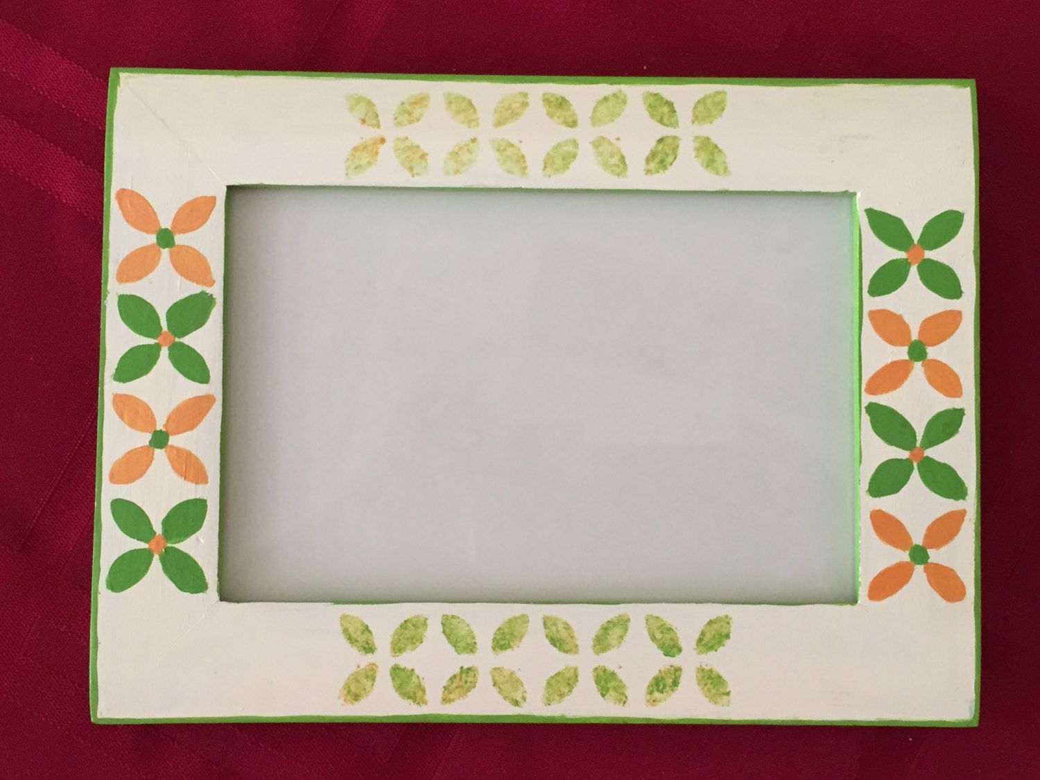 "Hand Painted Wooden Photo Frame, Photo Frame, Wooden Photo Frame, Picture Frame - 4*6"" by ManiaArtCollection on Etsy"