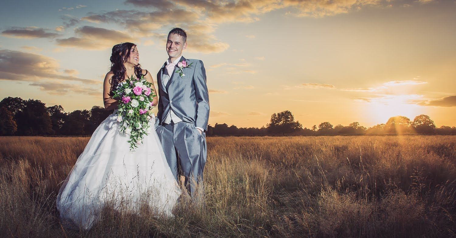 How It Was Shot Edited 2 Sunset Wedding Portrait Speedlight Photography Fun Wedding Photography Wedding Photography Tips