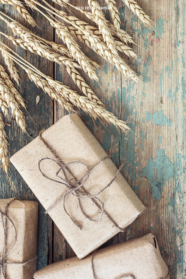 Diy Vegan Gift Baskets Your Holiday Inspiration Mu Mu Muesli Making A Gift Basket Vegan Gifts Vegan Gift Basket