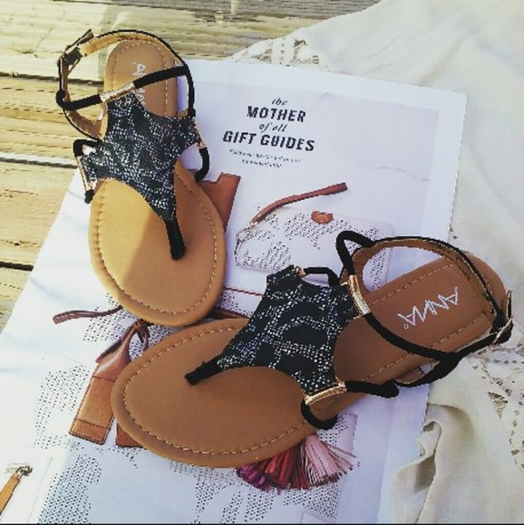 LAST CHANCE!! Summer vibes gladiator sandals Brand new Never been worn Comes in original box No trades Many more sizes available Shoes Sandals