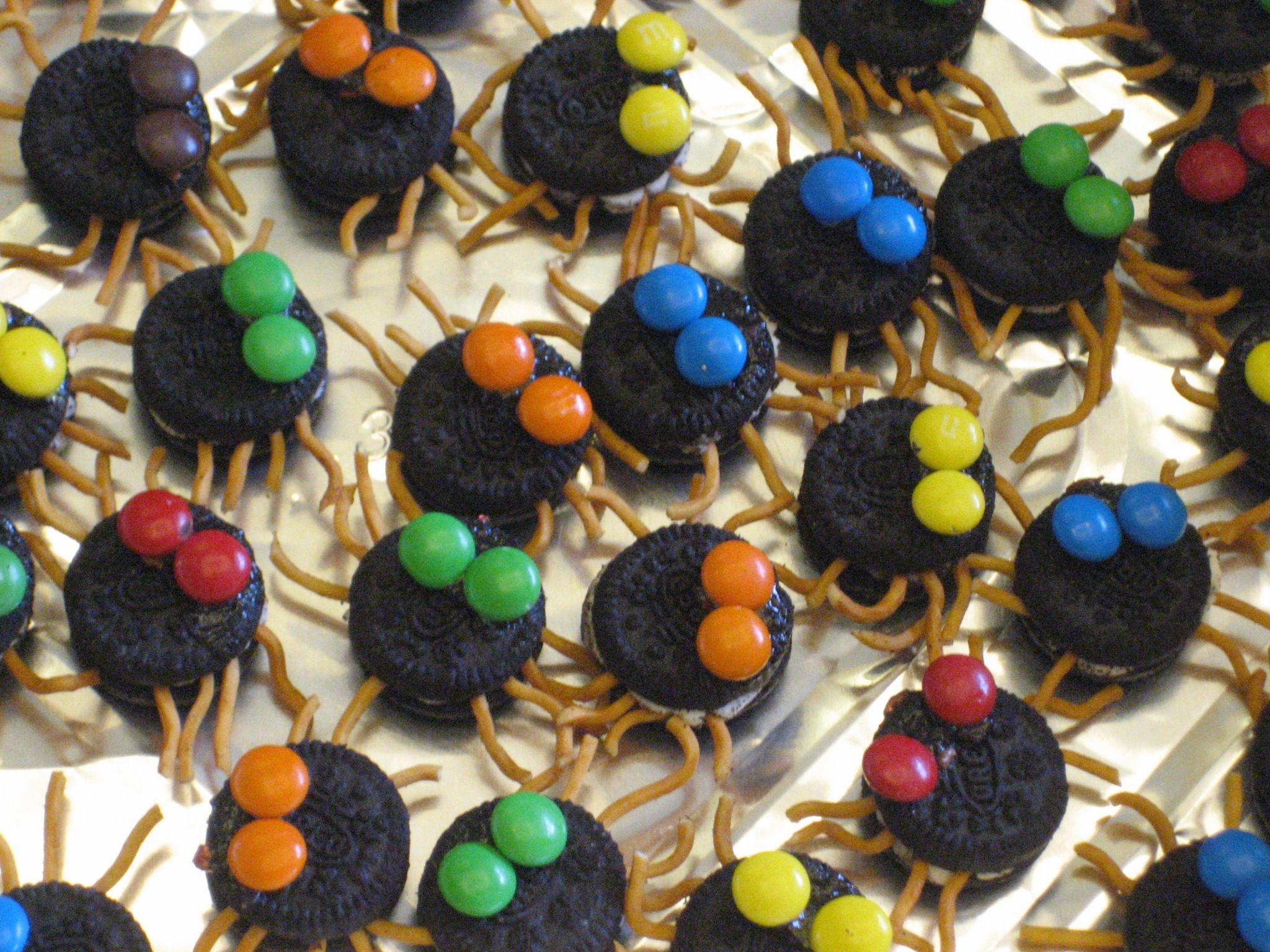 Halloween Finger Food Halloween finger foods, Halloween