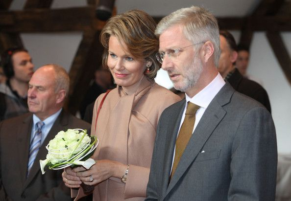 Princess Mathilde Photos - Princess Mathilde and Prince Philippe of Belgium visit the Townhall on November 16, 2011 in Neufchateau,…