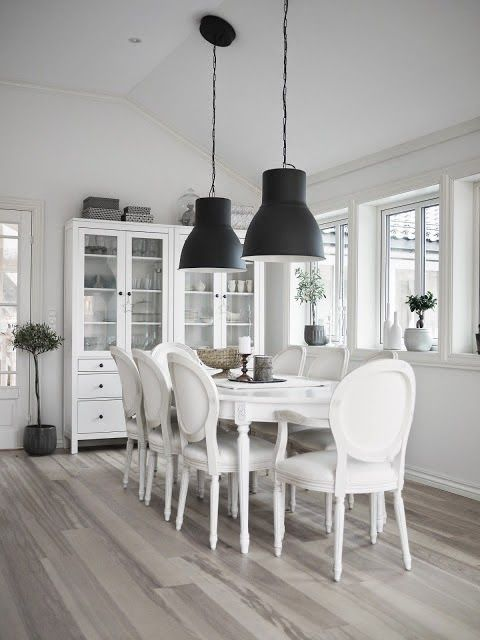 Quieres un comedor clásico renovado? | Living & Dining Room | Dining ...