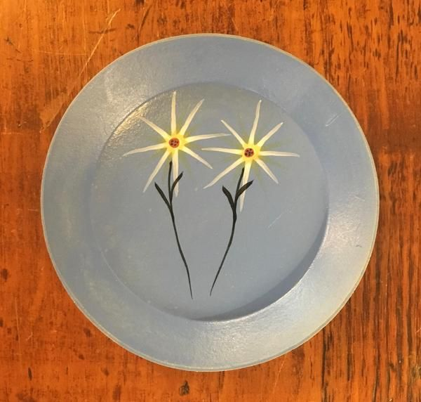 """The best little dish, to use as a spoon rest or tray for baubles. Locally made by talented painter and potter, Thomas """"Bud"""" Skupniewitz Food Safe 6"""" diameter"""