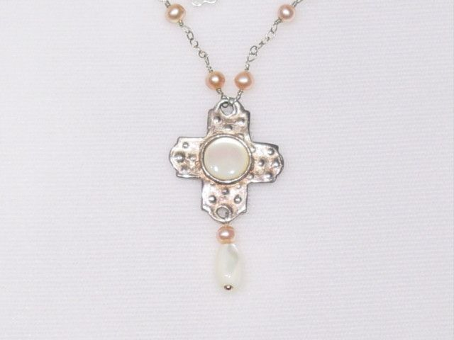Vintage Mother of Pearl Pendant, pink Pearl beaded Necklace