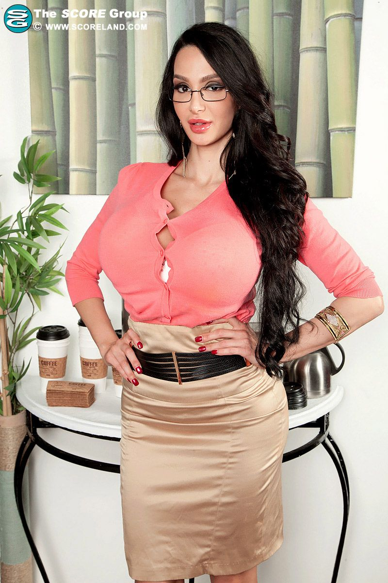 amy anderssen | boss lady | pinterest | amy, satin skirt and boss lady