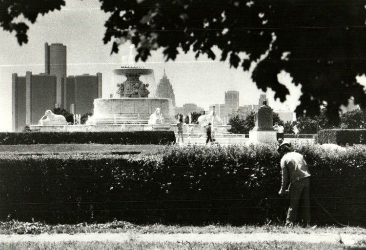 James Scott Memorial Fountain Old photos — Historic
