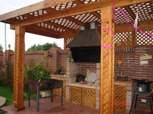 Quinchos pergolas remodelaciones multicanchas for Quincho cocina comedor