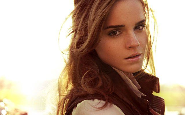 The 20 Hottest Photos Of Emma Watson 18 20 Here S A Picture Of A Beautiful Field In The Emma Watson Light Emma Watson Emma Watson Hot