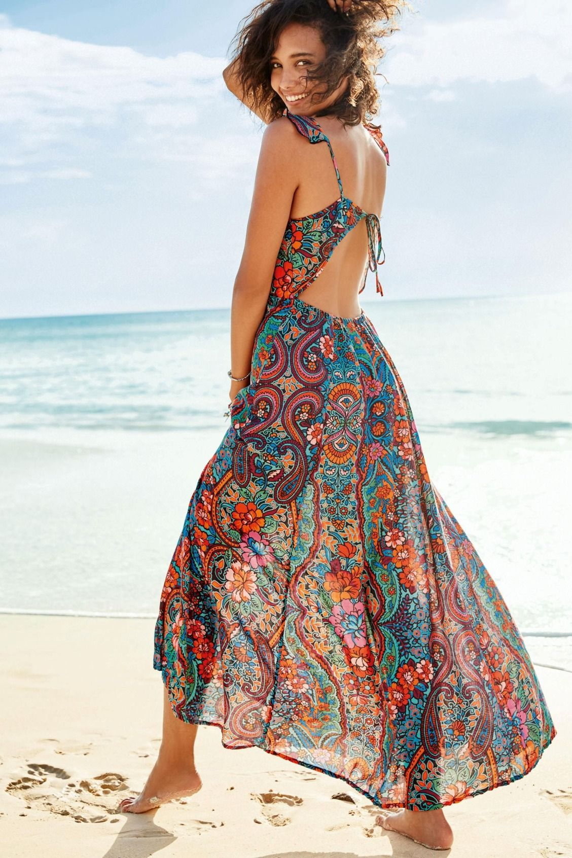 Floaty And Floral What More Do You Need In A Beach Cover Up This Maxi Could Even Be Dressed Up For A Gorg Fashion Casual Beach Dress Party Dresses For Women