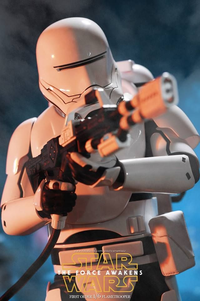 HOT TOYS' First Order Flame Trooper (THE FORCE AWAKENS)