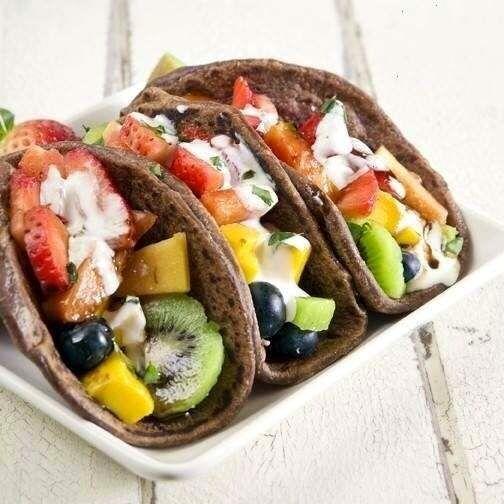 #HLo-Tips: Tacos de fruta, hechos de tortilla de chocolate y frutas diversas, un postre original para cualquier fiesta.