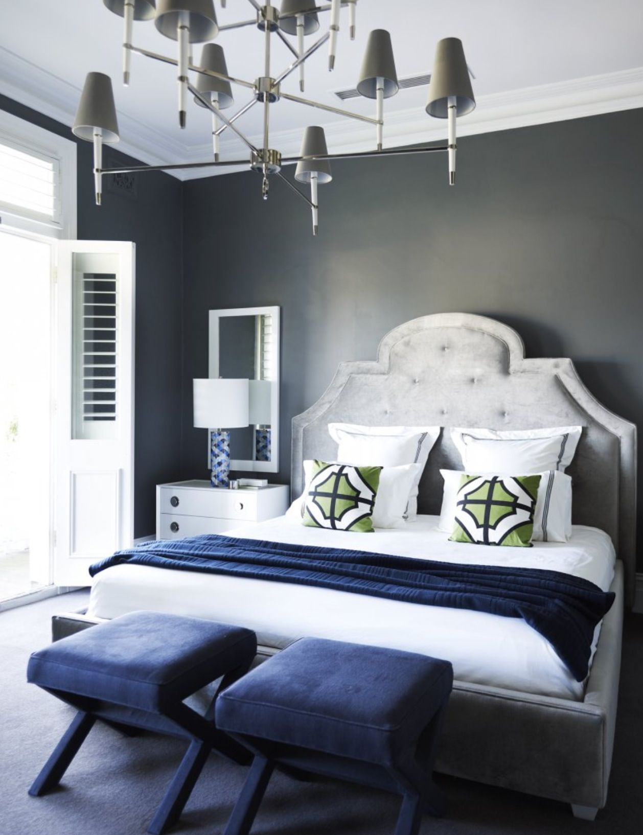 flip flop walls and headboard-light grey paint with darker grey