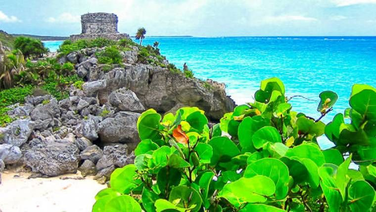 Palenque 16 Tage Wunderwelten-Reise. Maya-Ruinen in Tulum (© Chamäleon)