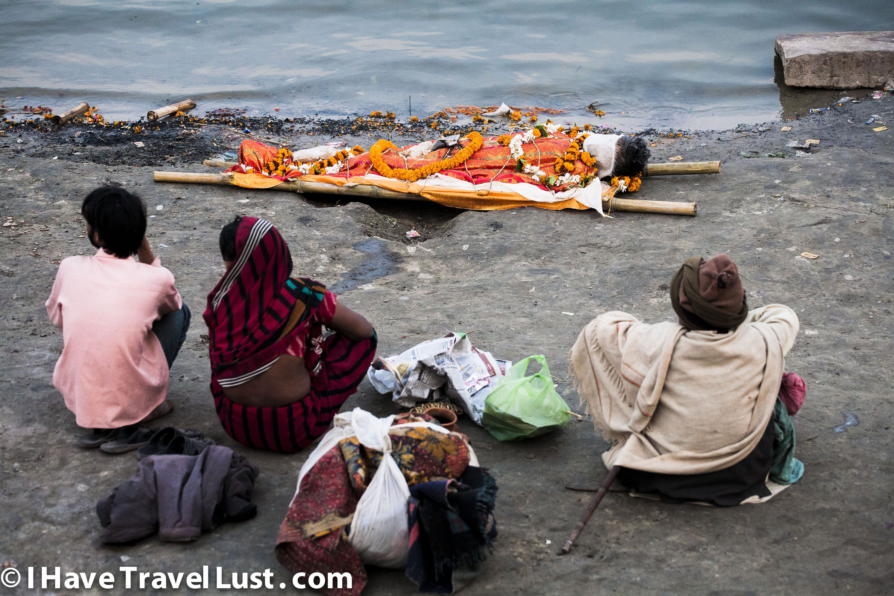 Varanasi Funeral India Https Ihavetravellust Files Wordpress Com
