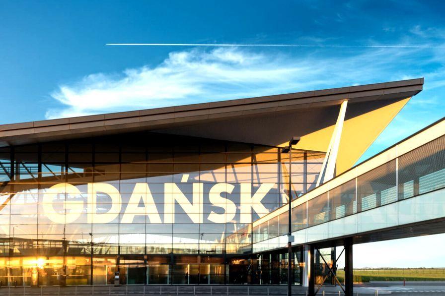 Ot Burgas Do Gdansk Promociya Na Samoletni Bileti In 2020 Outdoor Outdoor Decor Burgas