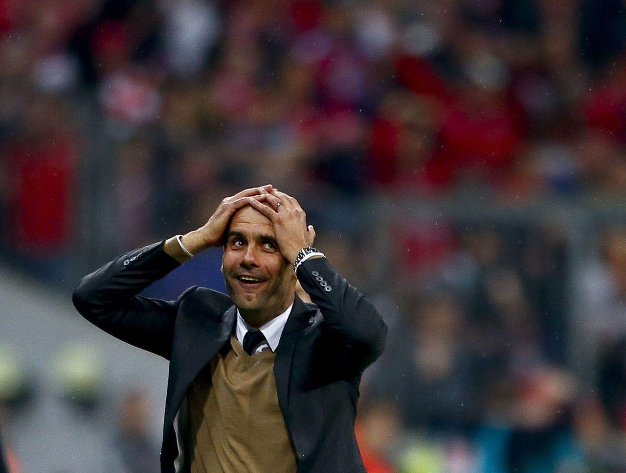 VIDEO: Pep Guardiola's reaction to Lewandowski's scoring explosion is  perfect   Pep guardiola, Manchester city, Promesa