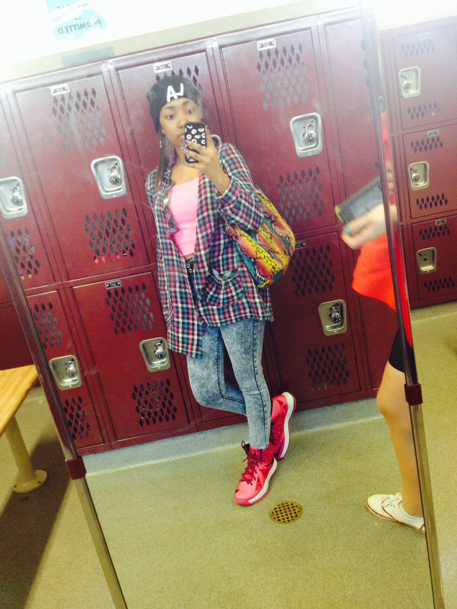 90s grunge fashion look,alike! Decades day at school