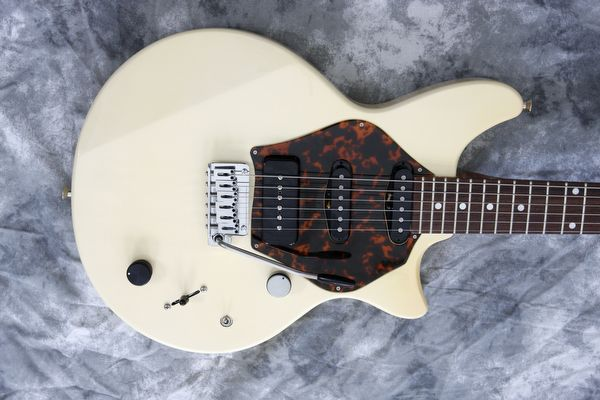McInturff ~ Spitfire 60's Cream | Weaver Street Guitars