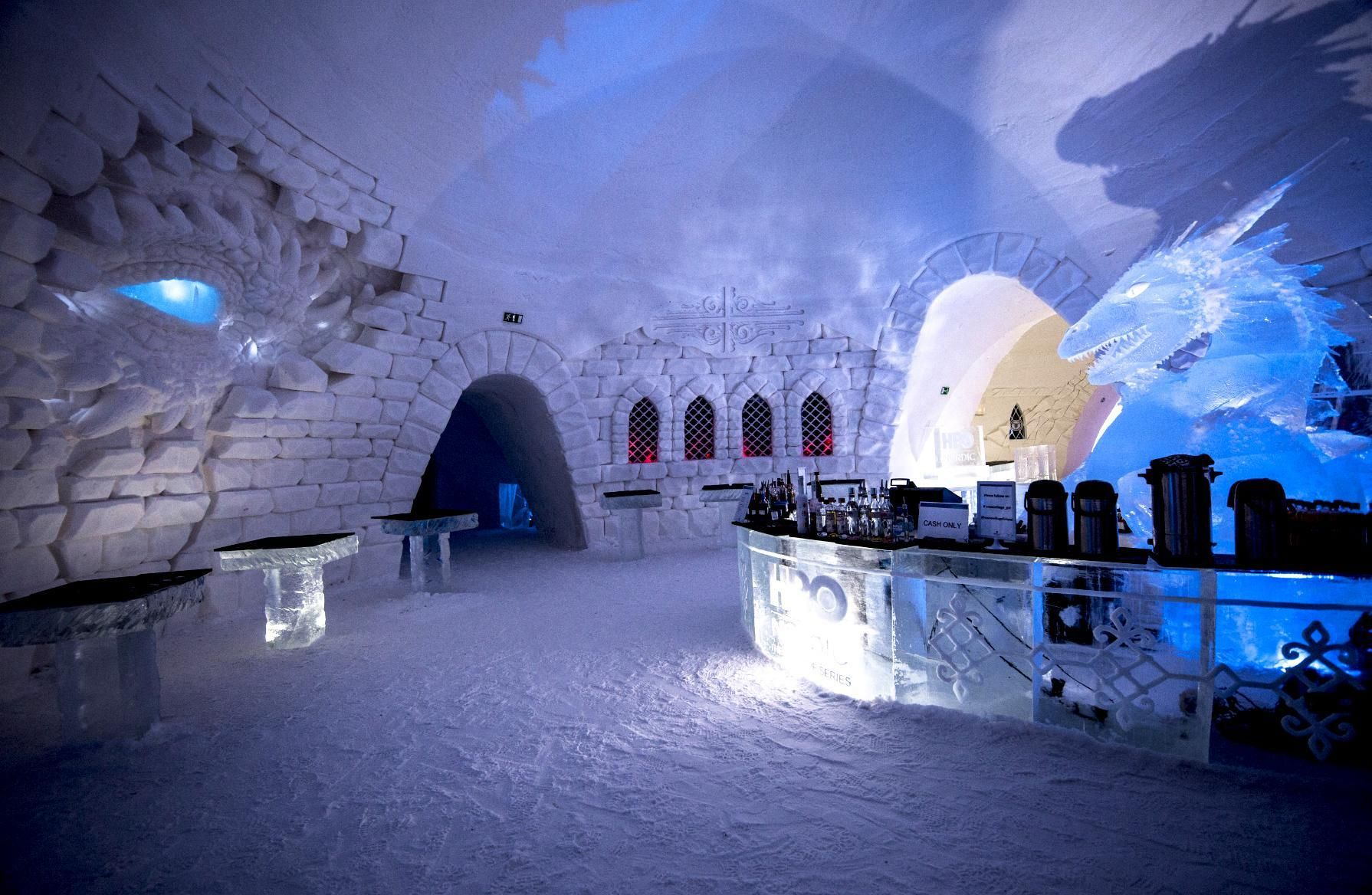 The Official Game Of Thrones Ice Hotel Restaurant Tables And