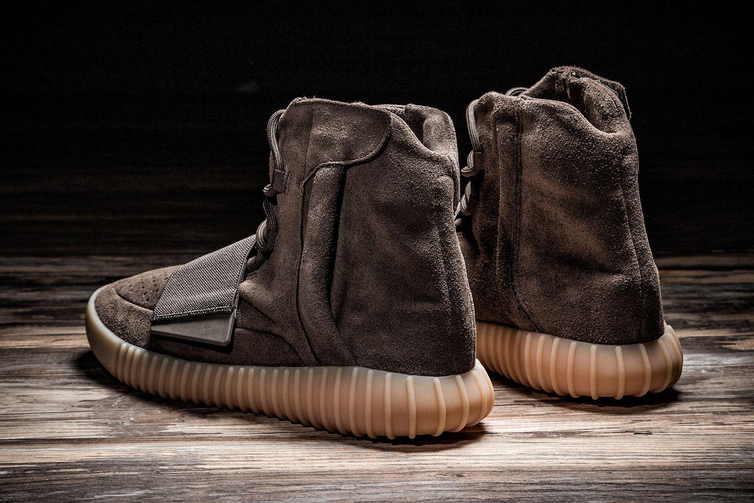 c375bd72eb0 入手指南-adidas Originals YEEZY BOOST 750「Chocolate」登陸 HBX 商城 ...