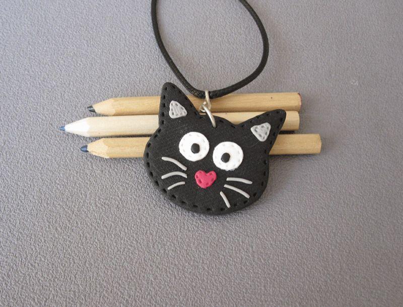 id e cadeau fille fillette pendentif t te de chat noir pendentif chat en p te pour eleen. Black Bedroom Furniture Sets. Home Design Ideas