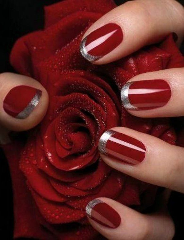 Photo of Treat yourself to red gel nails for Christmas